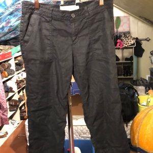 Black Capri mid rise Sonoma jeans.